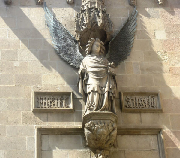 ruta a pie barcelona angel